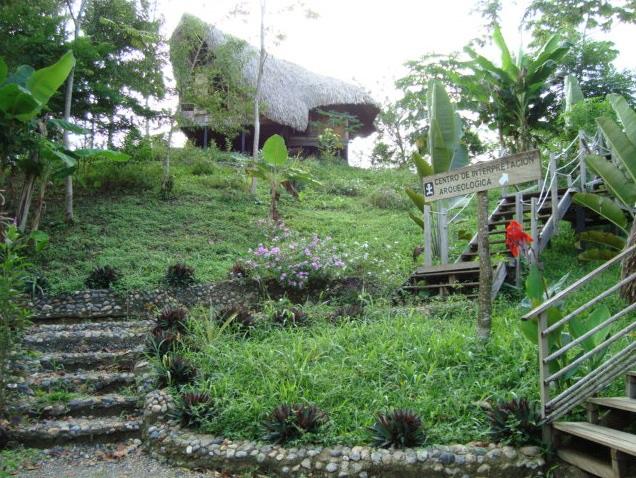 Centro Arqueológico y de Ecoturismo de El Carlos - Urabá Colombia